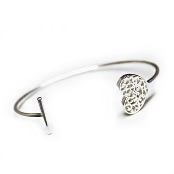 Southern Gates Filigree Sterling Silver Holiday Everlasting Heart Cuff Bracelet