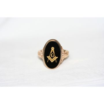Yellow 14 Karat Onyx Masonic Estate Ring Size 13