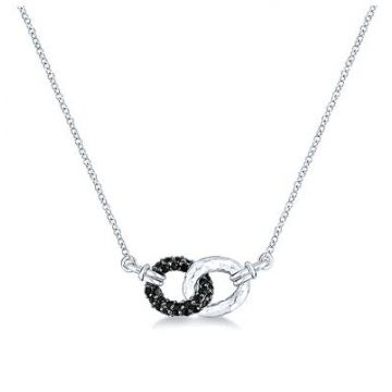 Gabriel & Co. Lady's Sterling Silver Hammered Interlocking Loops Silver Necklaces Length 17.5