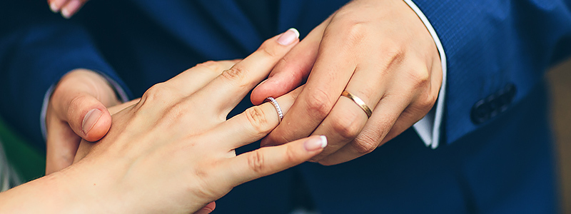 Why is the wedding ring worn in the left hand?
