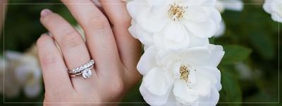 How do you stack engagement ring and wedding band?